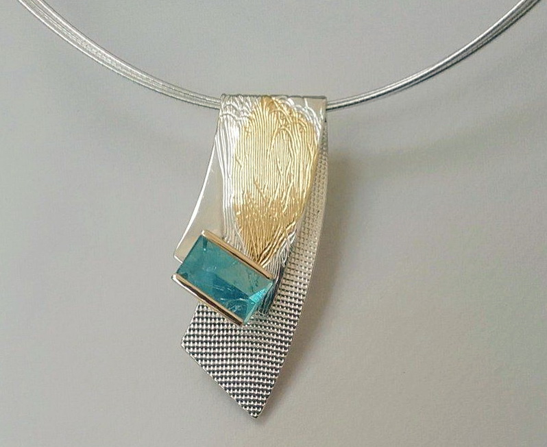 Wave Brooch / Pendant by Andrea Roberts at The Avenue Gallery, a contemporary art gallery in Victoria BC, Canada.