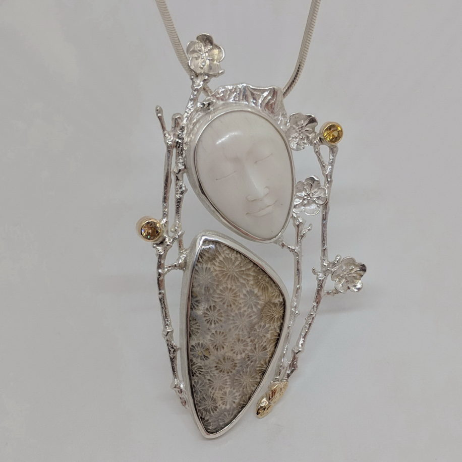 Antheia Pendant by Andrea Russell at The Avenue Gallery, a contemporary gallery in Victoria B.C. Canada